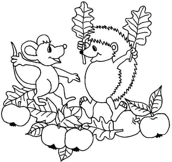 Hedgehog, : Hedgehog and Little Mouse Sharing Apple Coloring Pages