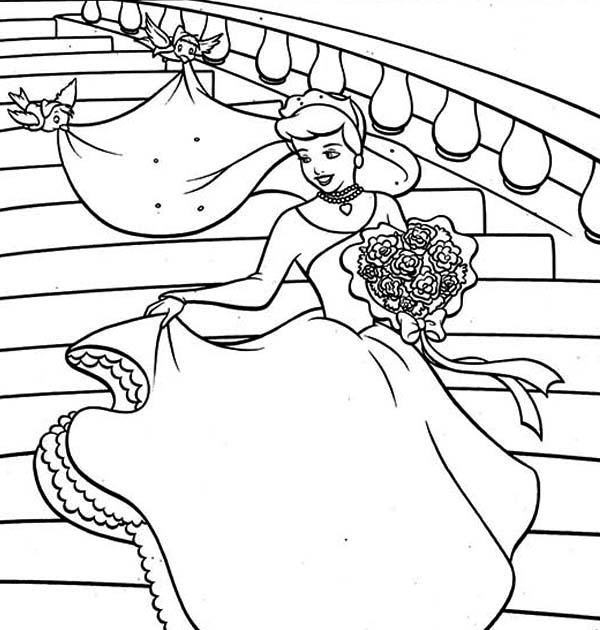 Wedding, : Cinderella in Wedding Dress Coloring Page