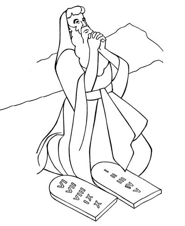 Ten Commandments, : Moses on His Knees when Receiving Ten Commandments Coloring Page